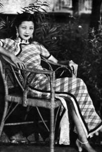 evolution qipao cheongsam dress 1930s Famous Ruan Lingyu source: wsj.com